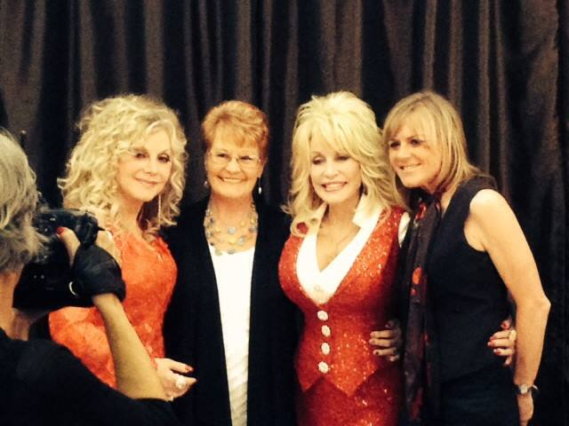 Stella Parton, Mom, Dolly and Me